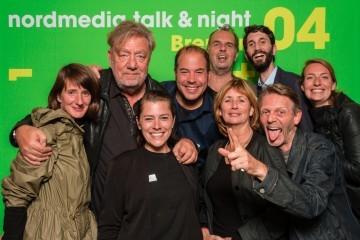Fotobox Bremen 7103 360x240 - Fotobox Bremen - Fotoecke auf einer Veranstaltung - Event-Fotograf